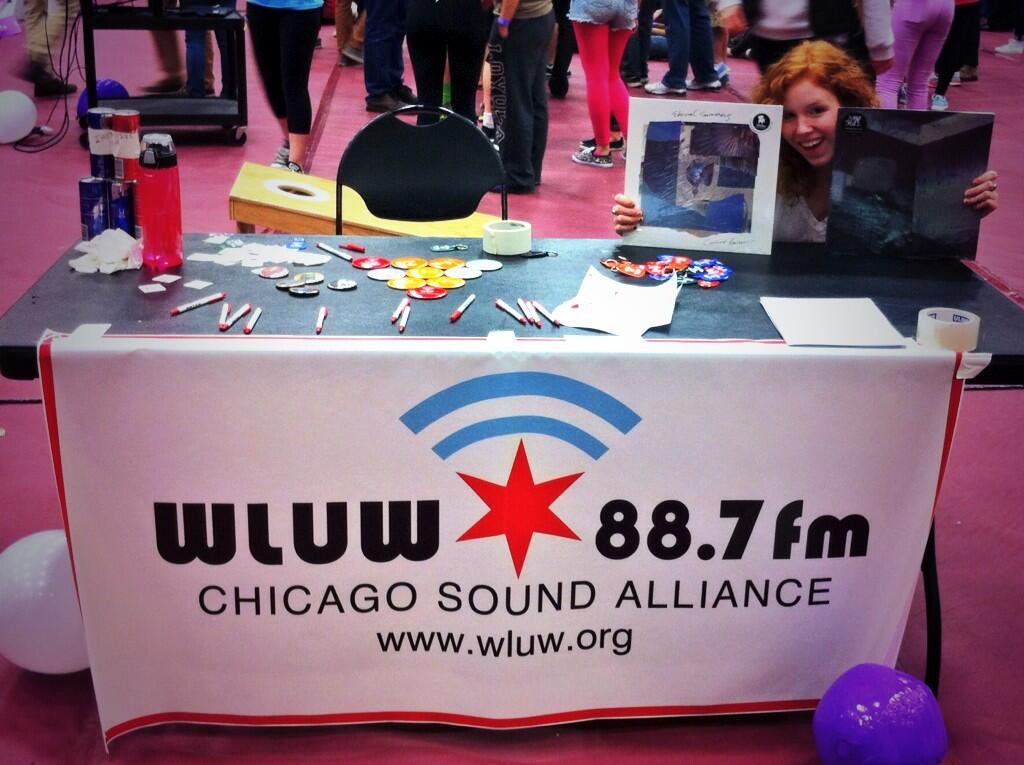 WLUW 88.7 FM- Loyola University- Chicago